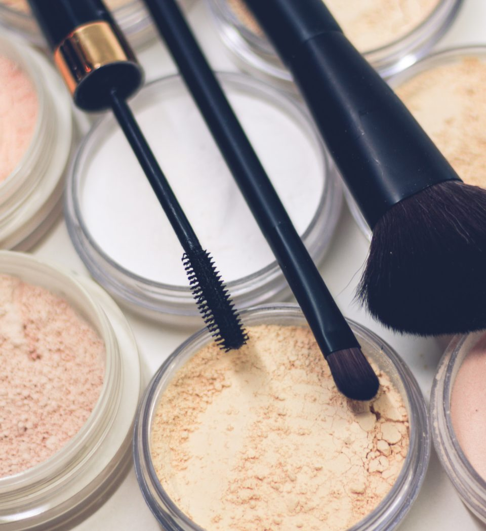 8x highlighter hacks voor de perfecte glow