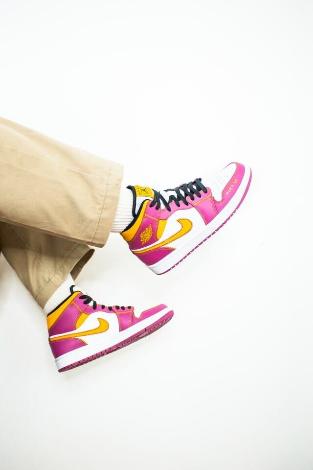 Sneakers schoonmaken? Zo pak je het aan